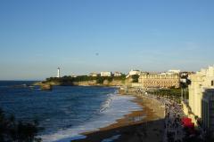 Biarritz-Grande-Plage-und-Leuchtturm