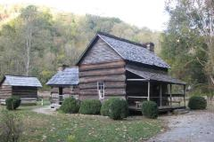 Farm-Museum-Great-Smokey-Mountains