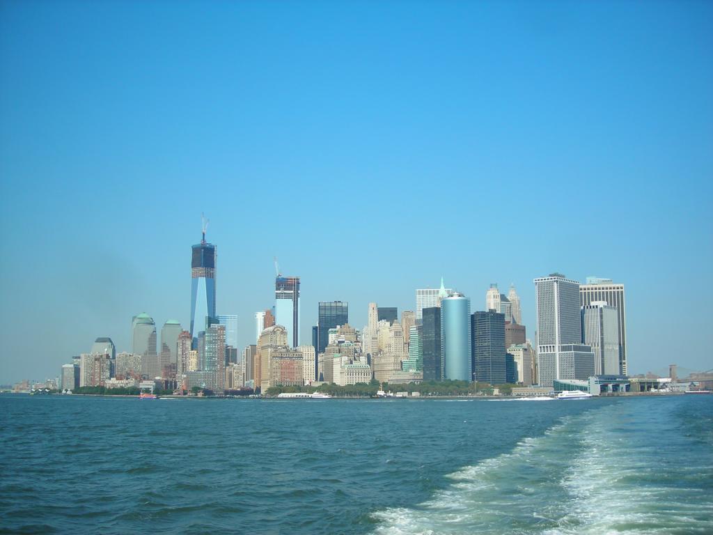 Staten Island Ferry - Skyline Manhattan
