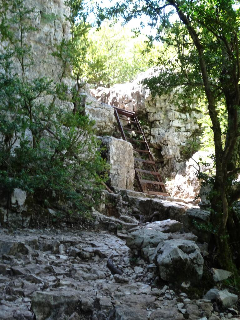 Verdonschlucht - Stufen am Sentier de l'imbut