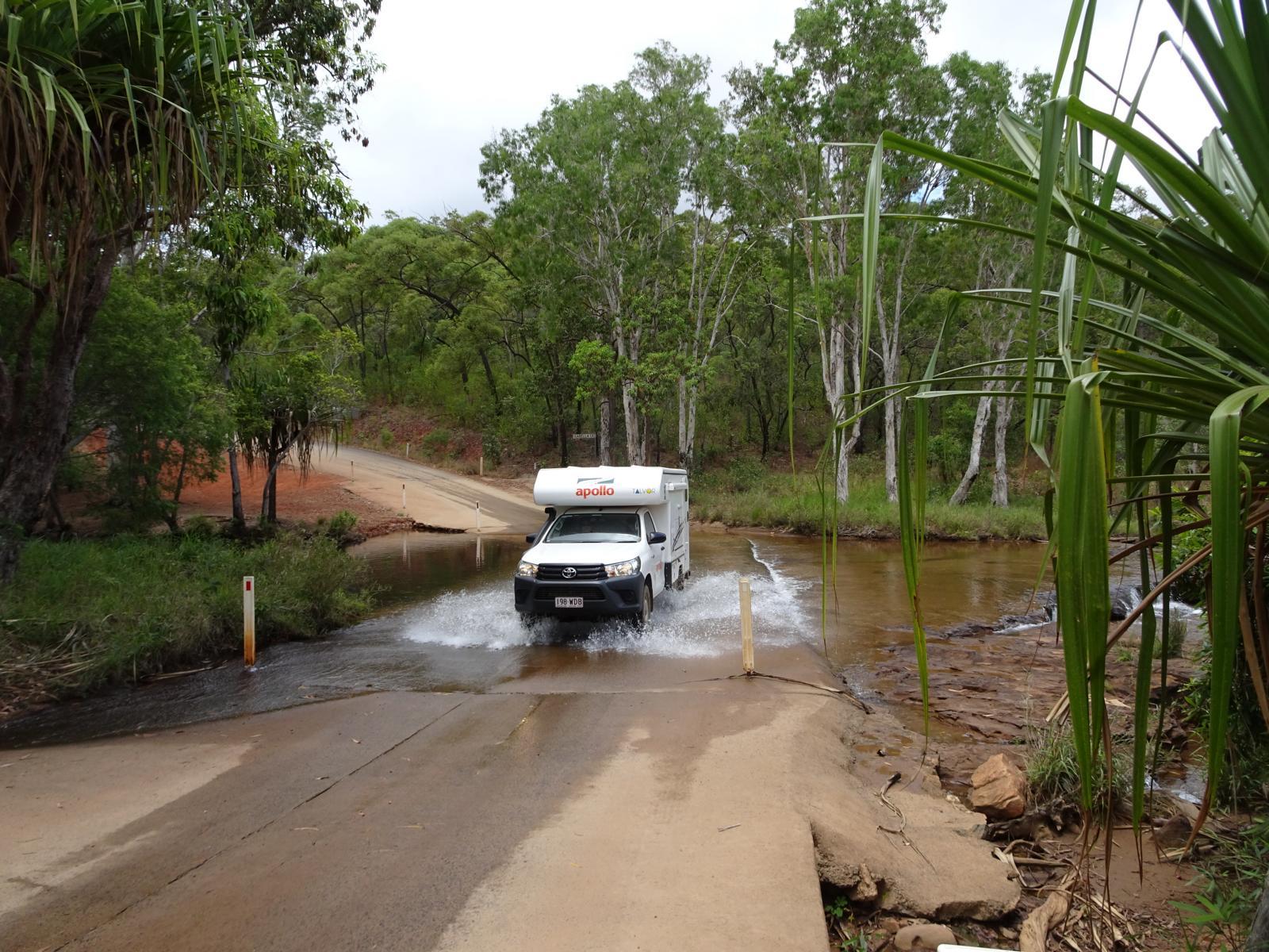 Battlecamp Road - Isabella Falls Querung