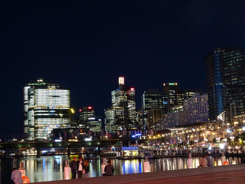 Darling Harbour bei Nacht