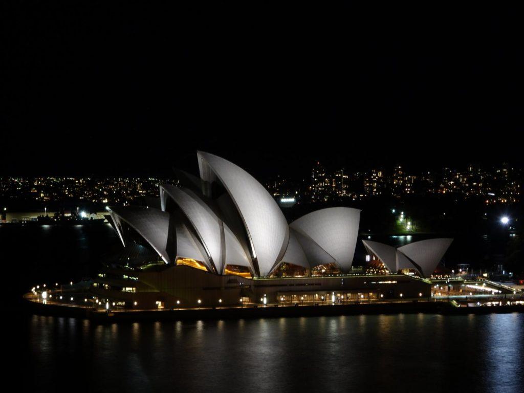 Sydney Reisetipps - Sydney Oper bei Nacht