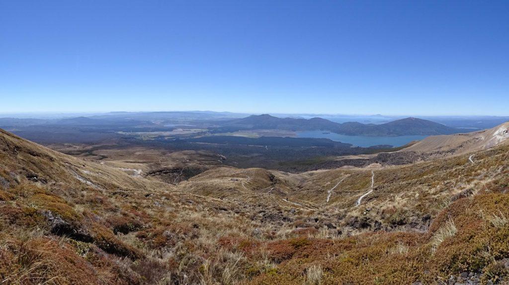 Tongariro Alpine Crossing - Blick Richtung Lake Taupo