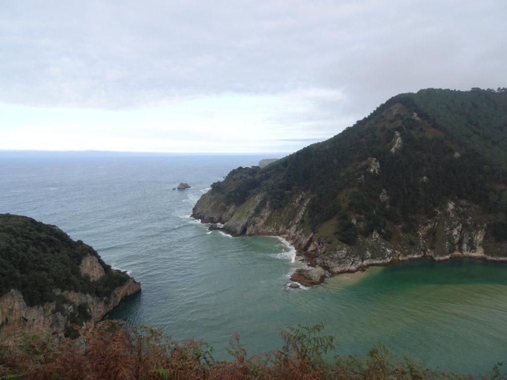 Roadtrip Nordküste Spanien - Küste bei Péchon