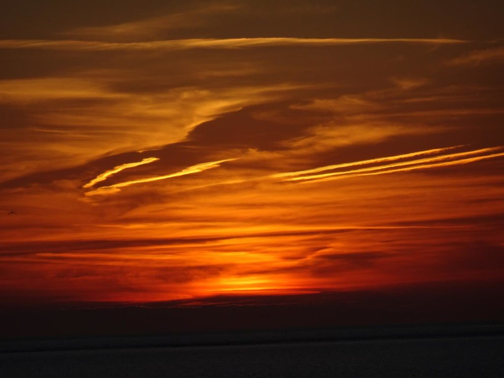 Sonnenuntergang am Strand von Neu-Haamstede
