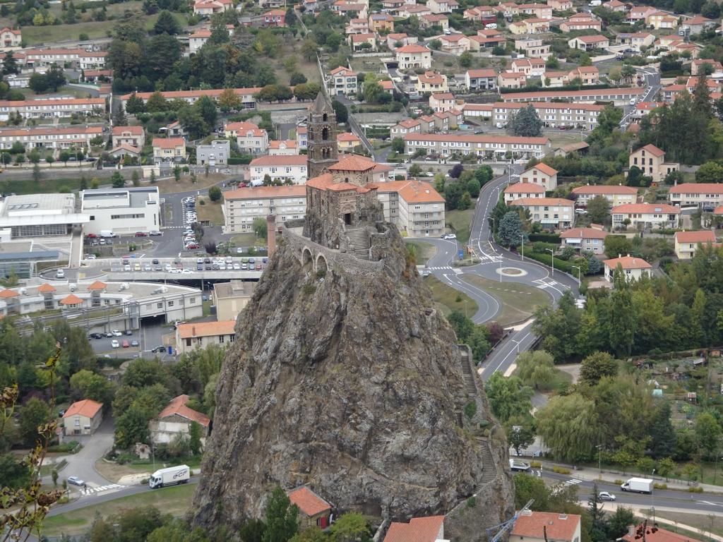 Le-Puys-en-Velay - Rocher St. Michel D'Aiguilhe