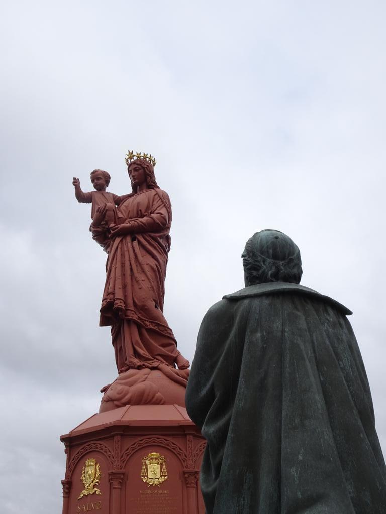 Statue De Notre Dame De France